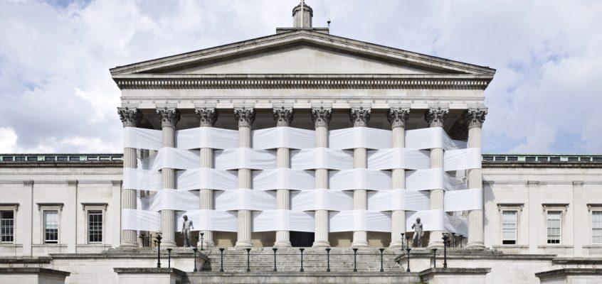 Nicolás Feldmeyer. Vistiendo volúmenes arquitectónicos.